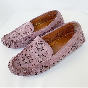 COACH Crosby Driver With Cut Out Tea Rose Flats